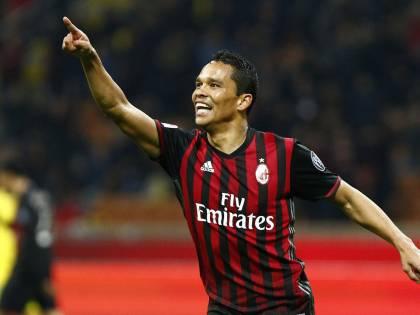 Bacca segna 2 gol e sbaglia un rigore: il Milan si prende il 6° posto dell'Inter