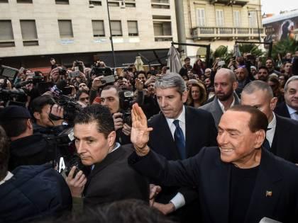 Berlusconi adesso crede nella riabilitazione