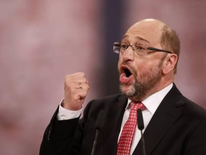 """""""È 100%"""", Schulz ora è """"Martin il bulgaro"""". L'arcinemico del Cav sogna da cancelliere"""