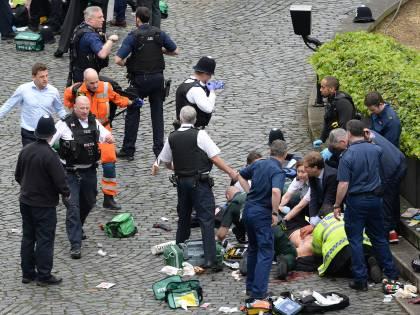 Londra, parla il viceministro che ha tentato di salvare il poliziotto