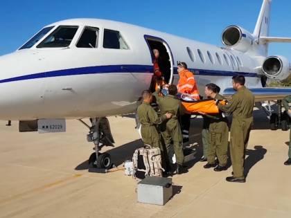 """Gli """"angeli del cielo"""" dell'Aeronautica che salvano i pazienti in fin di vita"""
