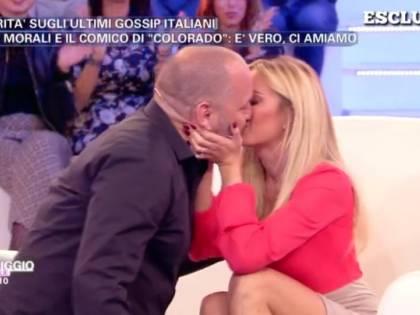Elena Morali e Scintilla si giurano amore eterno. Ma sul web spuntano le foto con Bossi