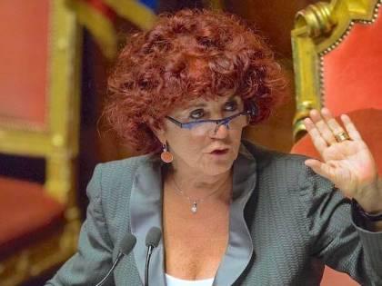 """I genitori protestano davanti al Miur contro la """"ministra del gender"""""""
