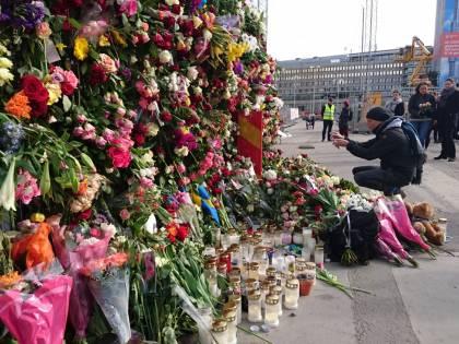 Dopo la strage di Stoccolma anche la Svezia fa dietrofront sull'accoglienza