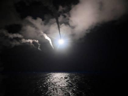 La Francia prepara l'attacco alla Siria