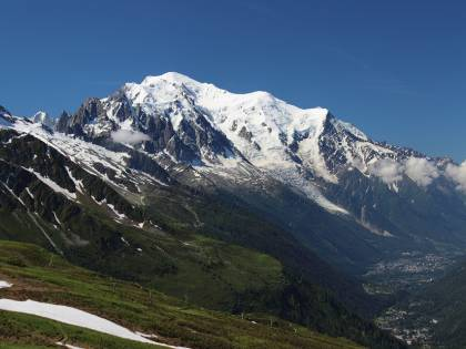 Tenta l'ascesa del Bianco con il figlio di 10 anni: fermato alpinista russo