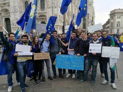 Accogliere tutti a Milano? Una marcia verso il disastro