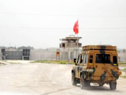 Gli Usa inviano truppe sul confine tra Turchia e Siria