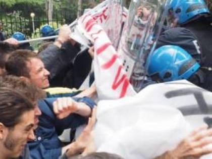 Allarme contestatori greci al G7 di Bari