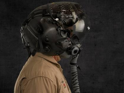 F-35, problemi di visualizzazione per il casco da 400 mila dollari