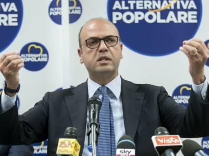 In Forza Italia cresce la fronda anti Ap
