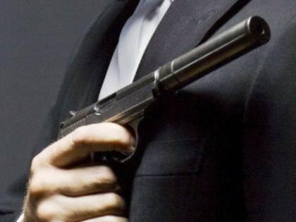 Si finge agente segreto per derubare le sue amanti: 49enne condannato