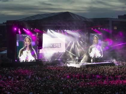"""""""One Love Manchester"""", il concerto in ricordo delle vittime dell'attacco terroristico"""