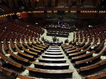 Sondaggio: Lega davanti a tutti, Pd fermo al 20%. FdI sorpassa il M5s