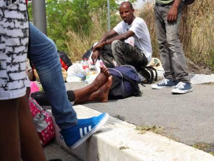 """Domodossola, arriva il coprifuoco per migranti: """"Espulso, chi non lo rispetta"""""""