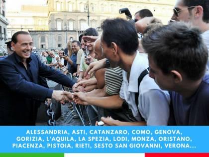 """Berlusconi ringrazia gli elettori: """"Grazie e andiamo avanti"""""""