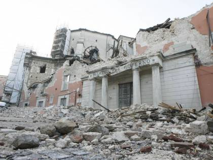 Terremoto L'Aquila, mazzette per appalti per la ricostruzione