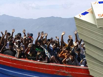 Migranti, la cresta delle coop: cibo, salari e servizi fantasma