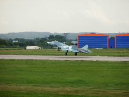 Gli avversari dell'F-35 Usa? Il Sukhoi T-50 ed il Mig-35 russi