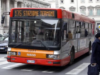 Roma, lo scandalo delle partecipate: in tremila assenti ogni giorno