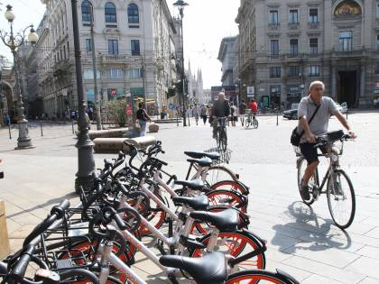 """Bike sharing senza stazioni. L'assessore ai milanesi: """"No al parcheggio selvaggio"""""""