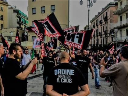 Roma, scontri tra Forza Nuova e la polizia
