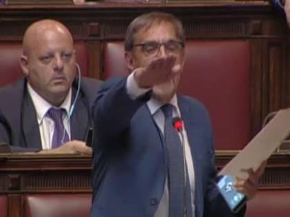 """Fascismo, La Russa sfida Fiano """"Attenti ad alzare il braccio..."""""""