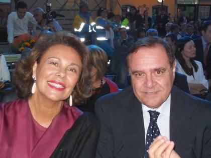 La moglie di Mastella lascia la politica e si dà alla pasticceria