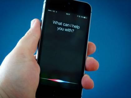Apple cerca un ingegnere-psicologo per fare di Siri il nostro terapeuta