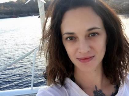 Asia Argento e le critiche per il tweet sul delitto d'onore