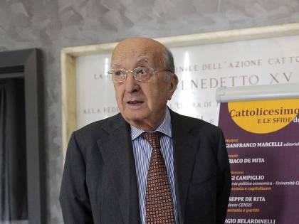 L'irriducibile De Mita, sindaco ottantanovenne a caccia di un seggio