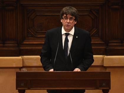"""Catalogna, la mossa di Madrid: """"Si torna alle urne a gennaio"""""""