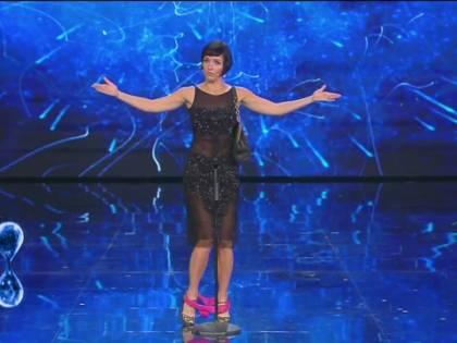 "Senza slip sul palco: show ""hot"" a ""Tu si que vales"""