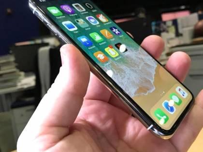 """Un carattere """"strano"""" manda in tilt gli iPhone"""