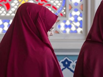 Costretta a sposare un islamico, si opera per tornare vergine