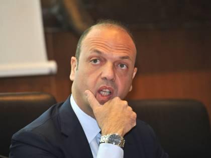 L'avvocato Angelino Alfano si dà al calcio