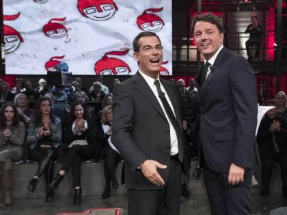 """Floris attacca Renzi: """"Lei ha i titoli per criticare il governo?"""""""