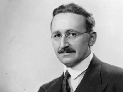 """""""Competizione e conoscenza"""": Hayek spiega gli equilibri tra libero mercato e sapere"""
