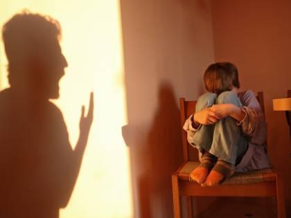 Bimba disabile maltrattata, arrestata a Milano anche la zia