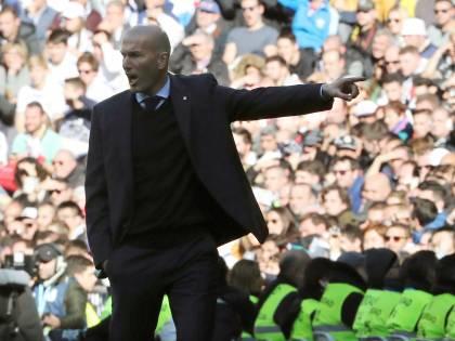 Zidane, «ruleta» sbagliata Dalle stelle alle stalle «Col Psg mi gioco il Real»