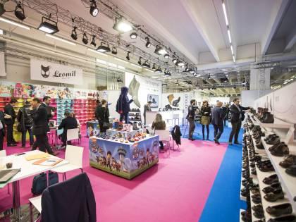 Calzature, le nuove collezioni debuttano a Expo Riva Schuh