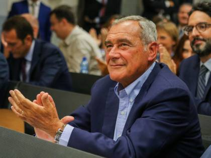 Numeri risicati in Senato, LeU rivendica poltrona per Grasso