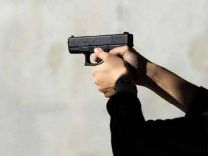 Udine, uccide la moglie di fronte al notaio, poi si spara e si ammazza
