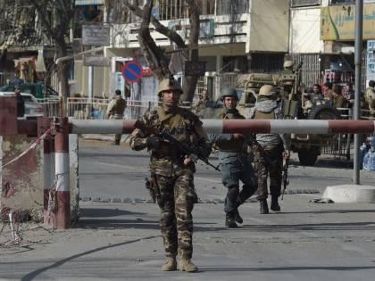 Attentato all'accademia militare di Kabul: l'Isis rivendica