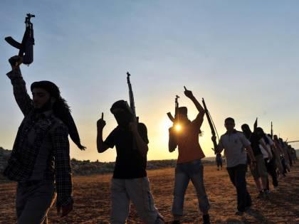 """Interpol: """"Cinquanta combattenti dell'Isis arrivati in Italia sul barcone"""""""