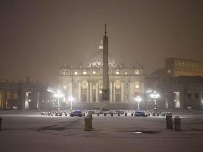 Vaticano, ex presidente dello Ior rinviato a giudizio