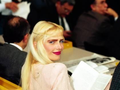 """Cicciolina attacca Di Maio: """"Mi ha massacrata..."""""""