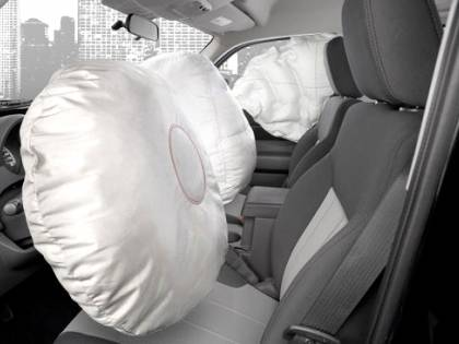 Maxi-richiamo Toyota per problemi all'airbag