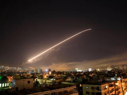 """""""In Siria non c'erano armi chimiche"""", la verità nascosta dietro gli attacchi"""
