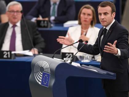 "Macron al parlamento Ue: ""Guerra civile europea"""